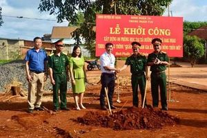 Trung đoàn 719 khởi công xây dựng phòng học cho học sinh huyện Bù Đăng