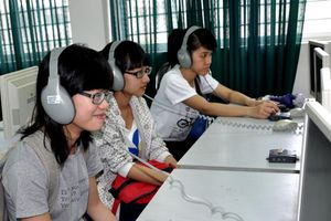 Quảng Bình: Nâng cao chất lượng dạy học ngoại ngữ