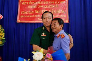 Viện KSND tỉnh Tây Ninh trực tiếp xin lỗi, phục hồi danh dự nạn nhân oan sai