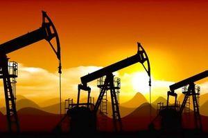 Chịu sức ép mới, giá dầu thô chạm đáy 5 tuần