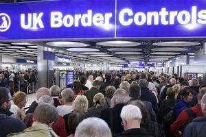 Bộ Nội vụ Anh bỏ quy chuẩn xét đơn xin tị nạn trong vòng 6 tháng