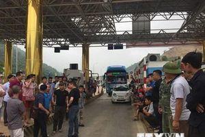 Xả trạm BOT Hòa Lạc-Hòa Bình do người dân phản đối