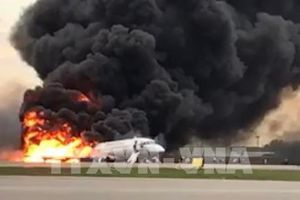 Cập nhật thông tin mới nhất về vụ cháy máy bay tại Nga