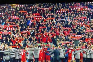 Khoảnh khắc lịch sử 'biệt đội anh hùng' Liverpool nhấn chìm gã khổng lồ Barcelona