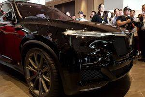 'Siêu' SUV VinFast V8 bất ngờ về Việt Nam, chờ ngày sản xuất bản thương mại