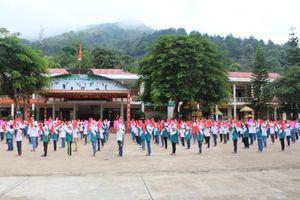 Tiểu học thị trấn Mường Ảng – là cờ đầu ngành giáo dục ở huyện nghèo