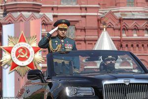 Hàng nghìn binh sỹ và vũ khí Nga rầm rộ duyệt binh ngày Chiến thắng