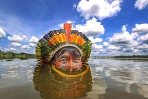 Ảnh ấn tượng về các bộ lạc bí ẩn ở Brazil sống tách biệt với thế giới