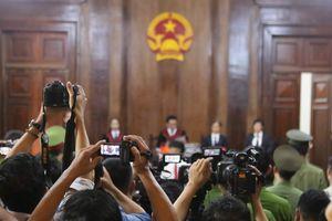 Hot girl Ngọc Miu nói về con trong lời nói sau cùng tại tòa