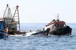 Bộ ngoại giao lên tiếng việc Indonesia đánh chìm tàu cá của ngư dân