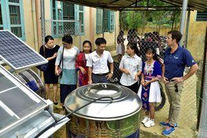 Tiếp nhận và khánh thành Hệ thống chưng cất nước bằng bức xạ mặt trời