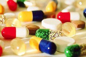 Bệnh nhân ung thư phải trả 'chênh' cả trăm triệu vì thiếu thuốc điều trị