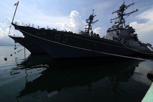 Phản ứng của Việt Nam khi Mỹ đưa chiến hạm đến gần Trường Sa