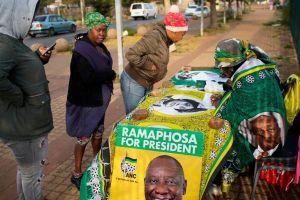 Đại gia Nga thò tay can thiệp tổng tuyển cử Nam Phi?