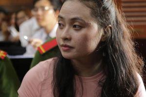 Hotgril Ngọc Miu bị đề nghị mức án 20 năm tù do nuôi con nhỏ