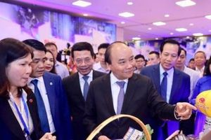Thủ tướng Nguyễn Xuân Phúc: Phát triển công nghệ Việt đưa đất nước đến thịnh vượng