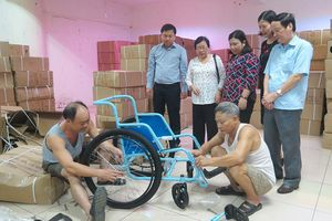 The free Wheelchair Mission: Trao tặng 520 xe lăn cho người khuyết tật Phú Thọ