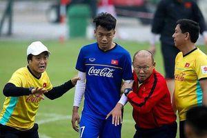 Khi bóng đá Thái Lan khiêu khích thầy Park