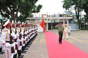 Bộ trưởng Tô Lâm làm việc với Kon Tum về chính quy công an xã