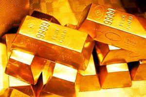 Giá vàng tăng, chờ đợi Mỹ áp đặt thuế 25% lên hàng hóa của Trung Quốc vào trưa nay