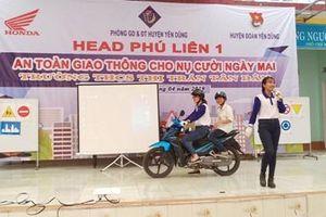 Hướng dẫn kỹ năng an toàn giao thông cho các em học sinh
