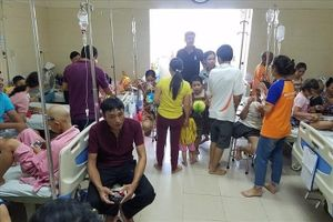 Bộ Y tế họp khẩn, Bệnh viện K cam kết cung cấp đủ thuốc điều trị ung thư trong tuần tới