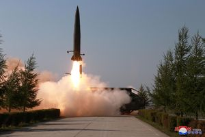 Triều Tiên vừa phóng phiên bản của tên lửa Iskander Nga?