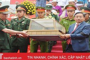Hà Tĩnh truy điệu, an táng 7 hài cốt liệt sỹ quân tình nguyện và chuyên gia Việt Nam hy sinh tại Lào