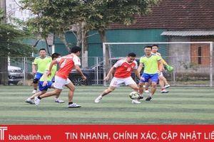 16 đội tranh tài Giải Bóng đá thể thao ngành Ngân hàng Hà Tĩnh