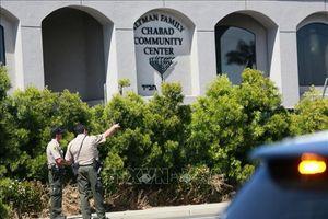 Vụ xả súng tại giáo đường Do Thái ở Mỹ: Nghi can bị cáo buộc hơn 100 tội danh