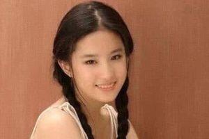 Chương Tử Di 24 tuổi xinh đẹp tựa nữ thần nhưng Lưu Diệc Phi tuổi 17 cũng đâu kém cạnh: Danh thần tiên tỷ tỷ không phải là trò đùa