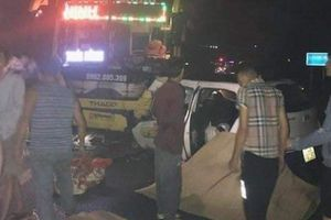 Hiện trường kinh hoàng vụ taxi đối đầu xe khách làm 3 người chết ở Quảng Ninh