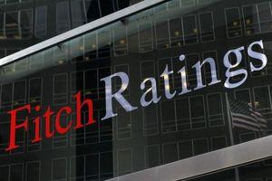 Fitch nâng triển vọng tín nhiệm quốc gia Việt Nam từ 'ổn định' lên 'tích cực'
