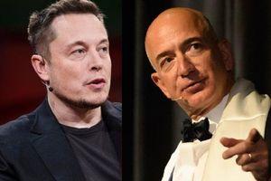 Elon Musk 'đá đểu' thô tục tàu vũ trụ mới của Jeff Bezos