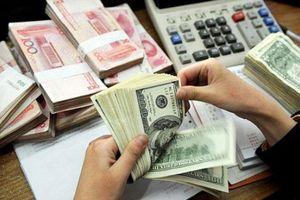 Các ngân hàng tiếp tục giảm mạnh giá trao đổi USD