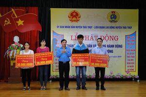 Thái Bình: LĐLĐ huyện Thái Thụy hỗ trợ 180 triệu đồng cho CNLĐ