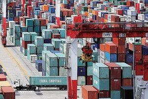 Mỹ chính thức nâng thuế hàng hóa Trung Quốc