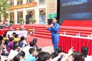 HS Hà Nội học STEM phong cách… NASA