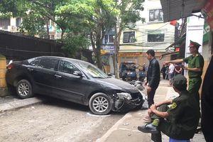 Danh tính nữ lái xe Camry lùi chết người trong ngõ ở Hà Nội