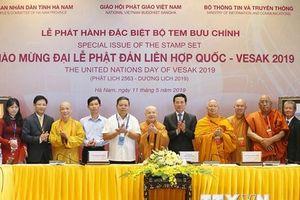 Ra mắt bộ tem, công bố mạng xã hội Phật giáo chào mừng Vesak