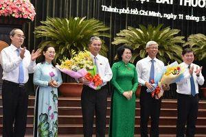Thiếu tướng Ngô Minh Châu và ông Võ Văn Hoan được bầu làm Phó Chủ tịch Ủy ban Nhân dân TP Hồ Chí Minh