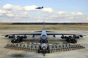 Dàn khí tài uy lực Mỹ đưa tới Trung Đông 'nắn gân' Iran