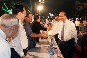Thủ tướng dự khai mạc Lễ hội Hoa phượng đỏ