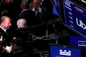 Cổ phiếu Uber rớt mạnh trong phiên chào sàn