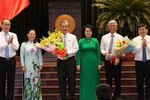 Ông Võ Văn Hoan và ông Ngô Minh Châu được bầu giữ chức Phó chủ tịch UBND TP.HCM