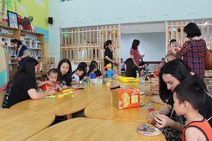 Hoạt động ý nghĩa của học sinh trường THPT chuyên Hà Nội – Amsterdam