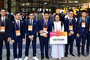 Trịnh Duy Hiếu tiếp tục xuất sắc đoạt Huy chương Bạc Olympic Vật lý châu Á lần thứ 20