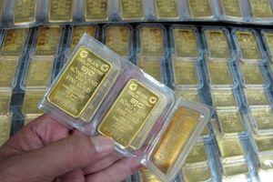 Đường đi của vàng chưa rõ ràng, USD tự do giảm giá