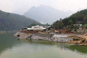 Vụ đổ hàng nghìn khối đá lấn sông: Tháo dỡ toàn bộ công trình lấn chiếm