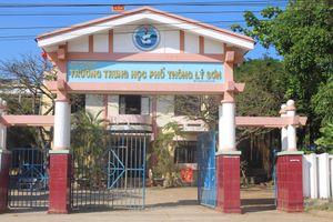 Quảng Ngãi: Trường THPT Lý Sơn xuống cấp nghiêm trọng